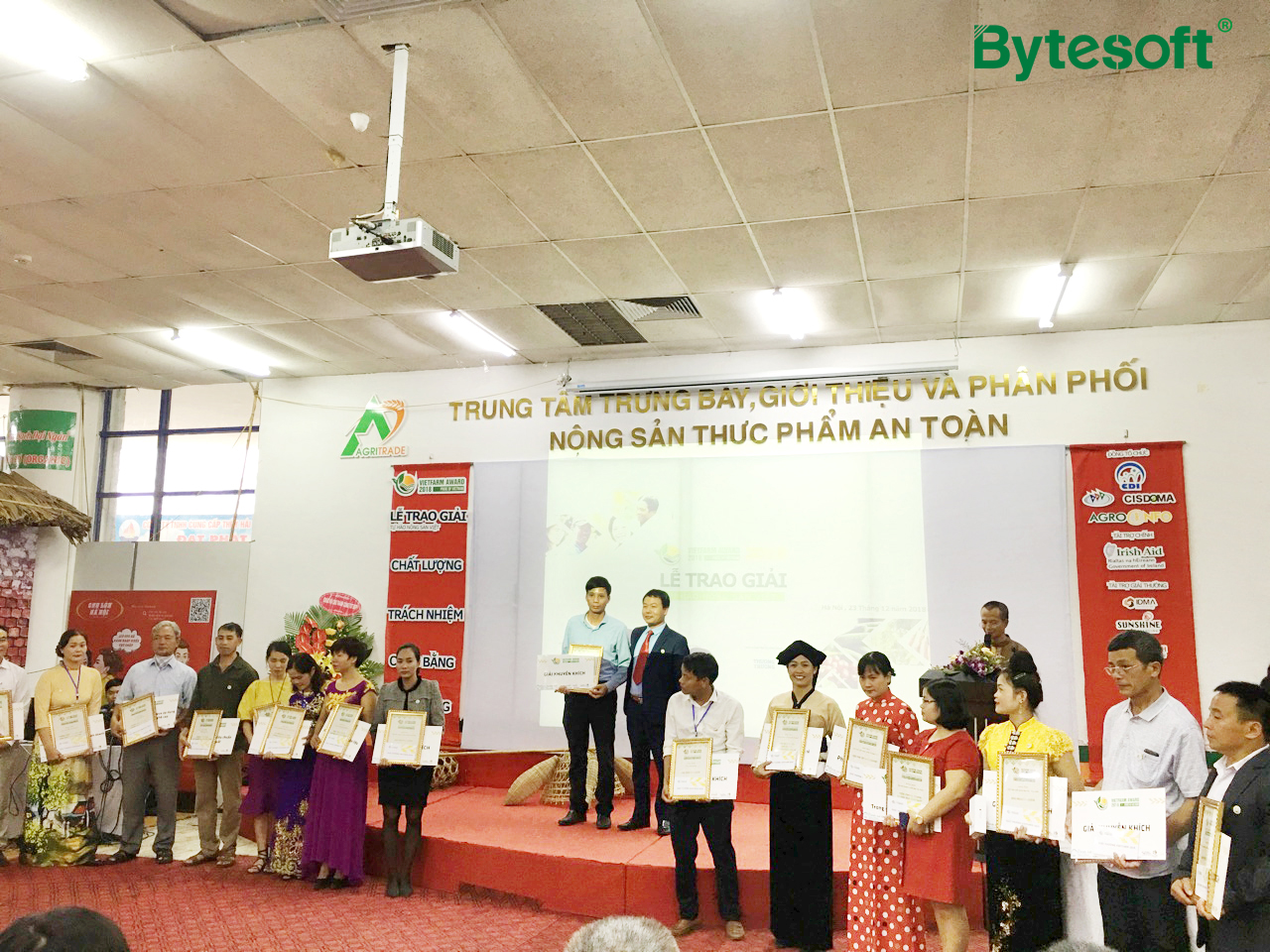 """Bytesoft Vietnam accompanies with """"VietFarm Awards - Pride of Vietnamese Agricultural Products 2018"""""""
